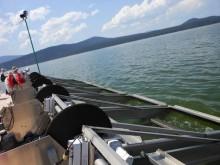 ハーベスト船のアルジー採取装置